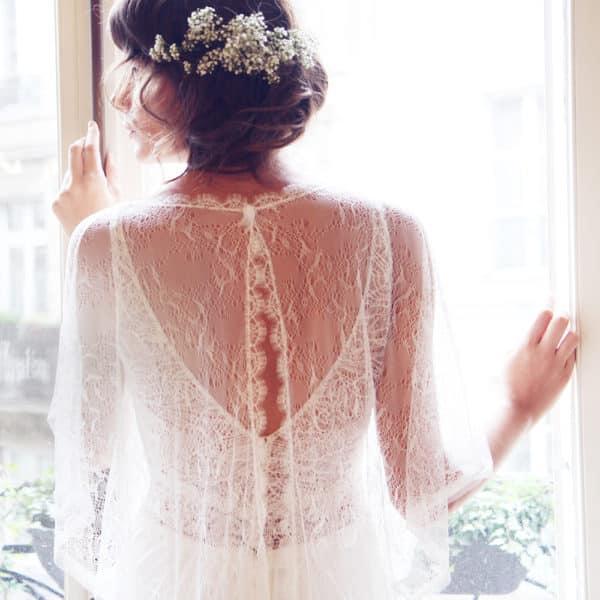 Poncho de mariage d'été David Amarildine en dentelle avec des perles