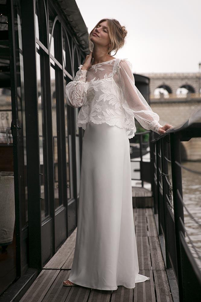 et d\u0027aujourd\u0027hui, la poésie de la nature, une blouse ample en Dentelle  de Lyon, sur la robe Hype, pour une robe de mariée bohème chic sophistiquée.