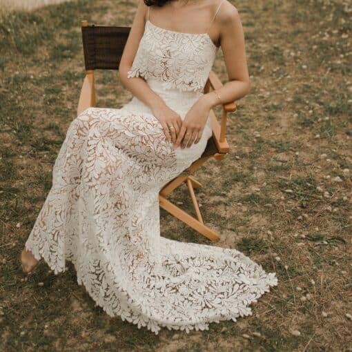JUST IN TIME Ensemble robe de mariée romantique deux pièces crop top jupe longue guipure
